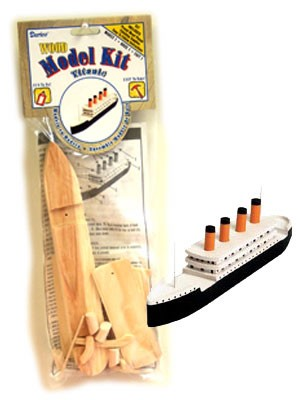 Wood Model Titanic Kit